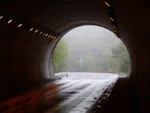 De vlucht van de tunnel stock foto's