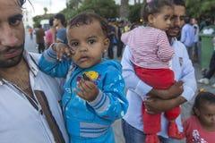 De vluchtelingen van de kinderenoorlog Het Koseiland wordt gevestigd enkel 4 kilometers van de Turkse kust, en vele vluchtelingen Royalty-vrije Stock Foto's