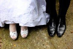 De voet van de bruid en van de bruidegom Royalty-vrije Stock Afbeeldingen