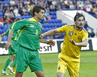 De voetbalgelijke van de Oekraïne - van Litouwen Stock Foto