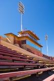 De voetbaltribunes van de universiteit Stock Foto's