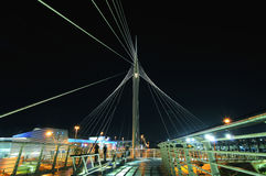 De voetbrug van Calatrava in Petah Tikva, Isra Royalty-vrije Stock Foto's
