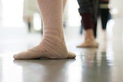 De voeten van de danser Stock Afbeeldingen
