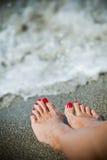 De voeten van vrouwen Stock Afbeelding