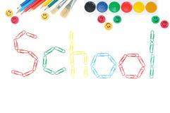 De volta à escola com artigos de papelaria coloridos Foto de Stock