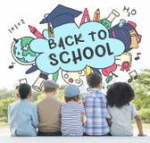 De volta ao conceito do estudo dos Academics da educação escolar imagens de stock