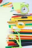 De volta ao fundo da escola com ferramentas do escritório Fotografia de Stock