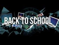 De volta ao título da escola cercado pelo dispositivo goste do smartphone, tabuleta Foto de Stock Royalty Free