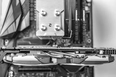 De voltooiing van een moderne krachtige personal computer stock afbeeldingen