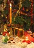 De vooravond van het fabelachtige nieuwe jaar Het nog-leven van Kerstmis Het schilderen van natte waterverf op papier Naïef art A stock fotografie