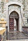De voordeur van het kasteel Stock Foto