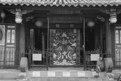De voorgevel van Boeddhistische tempel in Hoi An, Vietnam Stock Afbeeldingen