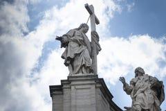 De voorgevel van de Basiliek van het Heilige Kruis in Jeruzalem stock fotografie