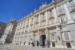 De voorgevel van het oosten van Royal Palace van Madrid, Spanje Stock Foto's