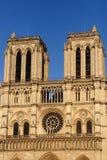 De voorgevelkathedraal van Notredame cathedral west van Onze Dame van Parijs, Frankrijk stock foto's