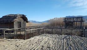 De voorhistorische oever van het meerregeling van Dispilio Kastoria, Griekenland royalty-vrije stock afbeeldingen