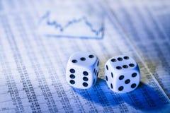 De voorraadprijzen en dobbelen Stock Foto's