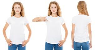 De voorrug bekijkt witte vrouw in t-shirt op witte die achtergrond, meisje op t-shirt wordt gericht royalty-vrije stock foto