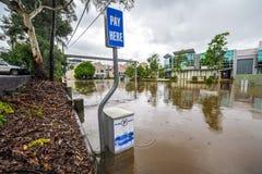 De voorstad van Brisbane tijdens grote vloedgebeurtenis Royalty-vrije Stock Foto