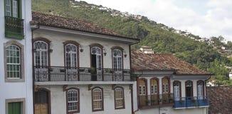 De Voorzijde Ouro Preto van huizen stock foto's