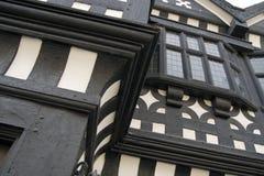 De voorzijde Tudor van Underbank Zaal, Stockport Stock Afbeeldingen