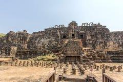 De voorzijde van de Tempel van Bedelaarsphuon, Angkor Thom, Siem oogst, Kambodja stock fotografie