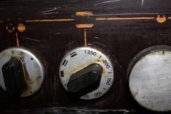 De voorzijde van het fornuis met een potentiometer royalty-vrije stock afbeelding