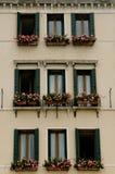 De voorzijde van het huis in Venetië Stock Foto