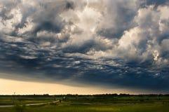 De Voorzijde van het onweer Stock Afbeeldingen