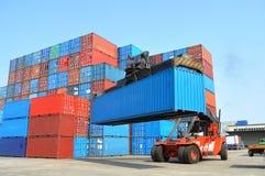 De vorkheftruck van de container Stock Afbeeldingen