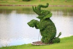 De vorm van olifanten in tuin Royalty-vrije Stock Afbeeldingen