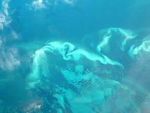 De vorming van de golf rond een eiland Royalty-vrije Stock Foto
