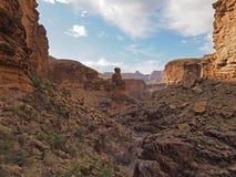 De vorming van de Monumentenrots in het Nationale Park van Grand Canyon royalty-vrije stock fotografie