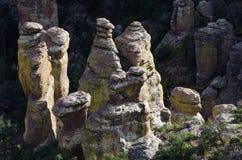 De Vormingen van de ongeluksboderots in het Nationale Monument van Chiricahua stock afbeelding