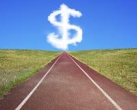 De vormwolk van het dollarteken in blauwe hemel met renbaan Stock Afbeeldingen