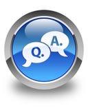 De vraag- en antwoord glanzende blauwe ronde knoop van het bellenpictogram Royalty-vrije Stock Foto