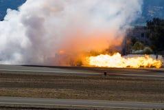 De Vrachtwagen en de Vlammen van de rook Stock Afbeelding
