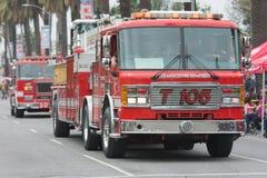 De vrachtwagen van de brand op stormloop Stock Afbeeldingen