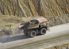 De Vrachtwagen van de rots royalty-vrije stock afbeeldingen
