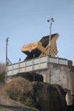 De vrachtwagen van de steenkool het leegmaken stock foto
