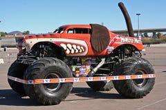 De vrachtwagen van de Straathond van het monster Royalty-vrije Stock Afbeelding