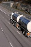 De vrachtwagen van de tanker Stock Afbeeldingen