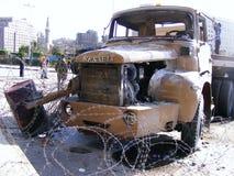 De vrachtwagen van het leger in tahrir vierkante Egyptische revolutie Stock Afbeelding