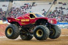 De Vrachtwagen van het Monster van de Mens van het ijzer Stock Foto's