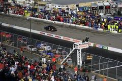 De vrachtwagens NASCAR gaan rennend in NH royalty-vrije stock foto's