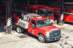 De vrachtwagens van de brandmotor in Mexico Stock Afbeeldingen