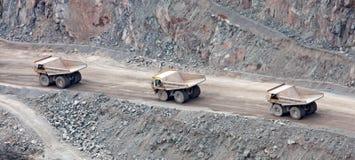 De Vrachtwagens van de steengroeve. Royalty-vrije Stock Afbeeldingen
