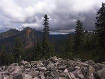 De vreedzame Bergen van het Noordwesten Stock Afbeeldingen