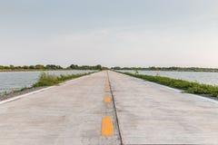 De vreedzame en rustige enige directe manier van de steegweg aan het overzees, va Royalty-vrije Stock Afbeeldingen