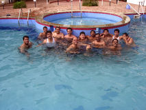 De vrienden van de pool Stock Fotografie